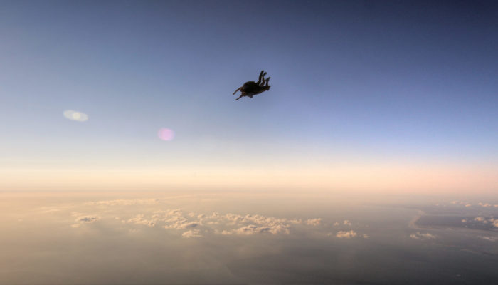 Faire un baptême de saut en parachute à Périgueux