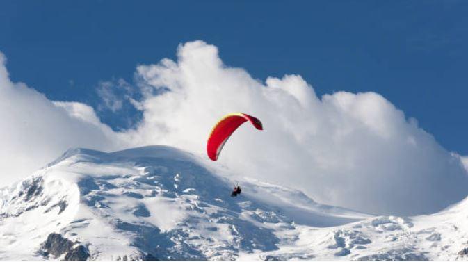 Saut en parachute en tandem à Courchevel