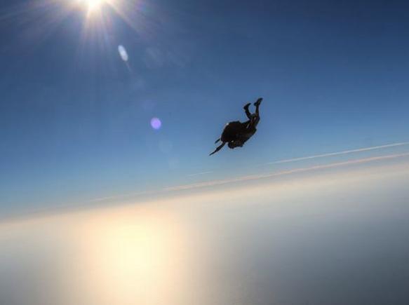 Air Mauss Parachutisme : Bordeaux plages Montalivet Soulac