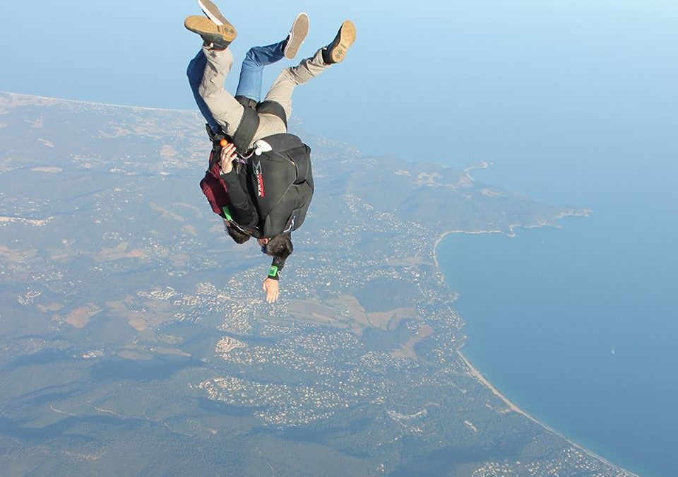 Comment s'habiller pour un saut en parachute