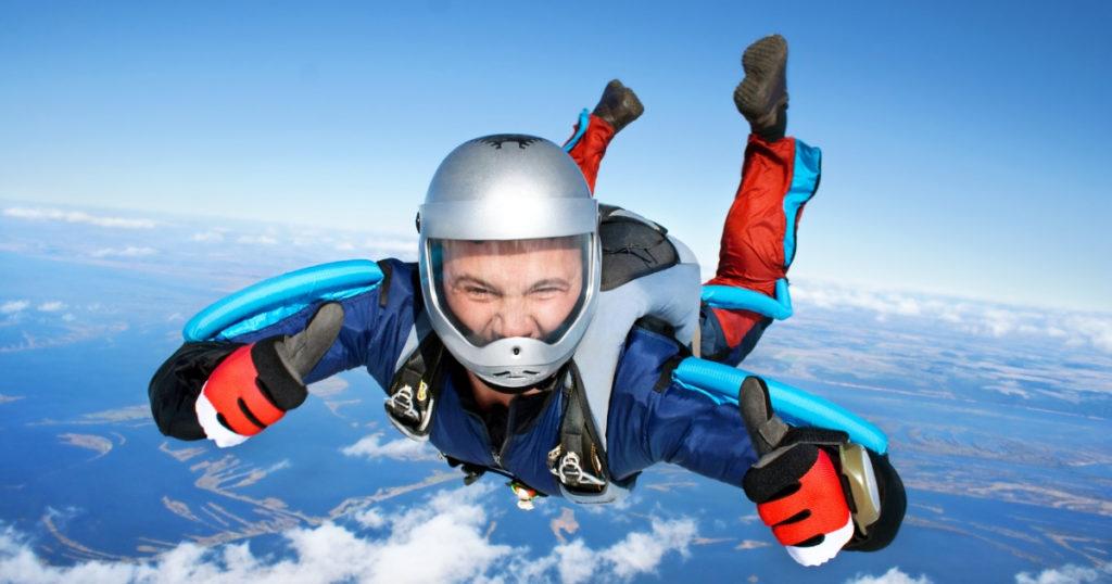 Apprendre le parachutisme avec un stage PAC