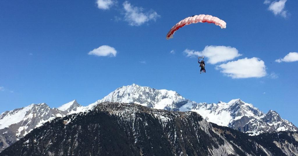 Parachute montagne